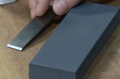 Learn how to sharpen a chisel using a honing stone, from Art Jewelry magazine. #jewelrymaking