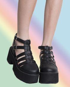 shoes @ shop jeen