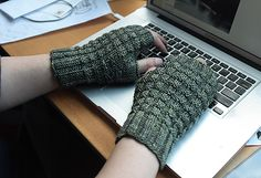 Ravelry: Man Hands pattern by Shireen Nadir