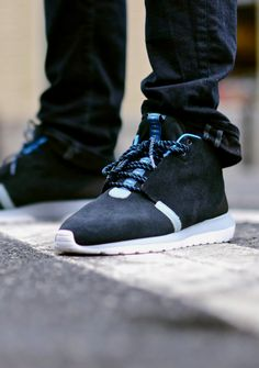 buy online 26a65 55f98 Nike Roshe Run NM Sneakerboot