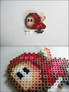 Super Mario 2 - Beezo - bead sprite magnet