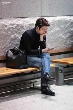 ditador de moda jinyoung