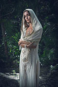 White Goddess Dress, Priestess Costume, Ibiza Outfits, Divine Goddess, White Linen Dresses, Festival Costumes, Ceremony Dresses, Peignoir, Sacred Feminine