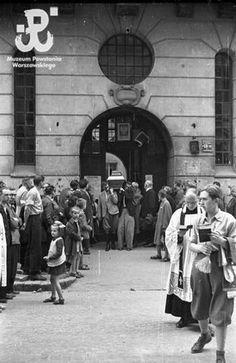 Eugeniusz Haneman: Pogrzeb przy ul. Kopernika 13, sierpień 1944.