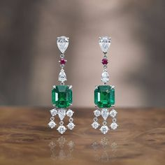 These fascinating Ornament of Flowers drop earrings, featuring two magnificent #emeralds from Colombia, can also be worn as contemporary emerald hangers due to their detachable diamond-set hanging elements.