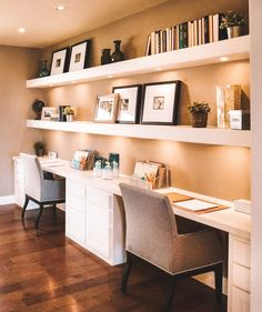 Home Office Inspiration Home Office Furniture Design, Home Office Space, Home Office Design, Home Office Decor, Home Decor, Small Office, Interior Office, Office Spaces, Small Home Offices