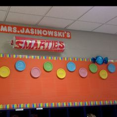 bulletin board-Smarties! Great way to display work that sudents have done well on, or accomplishments students have made in and out of the classroom! Have ready for the first day of school!