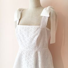 Dauphine Top-White - Girly Rose Online Store