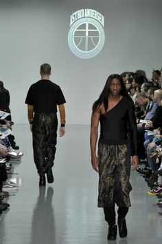 D1 1100 Astrid Anderson (1) - LONDON COLLECTIONS MEN WINTER 2014 - Gallery - Modelixir Universe