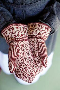 Yarn Patterns and Knitting Tutorials Damask Mittens From Jane Austen Knits.Damask Mittens From Jane Austen Knits. Knitted Mittens Pattern, Knit Mittens, Knitted Gloves, Knitting Socks, Knitting Patterns, Knitting Tutorials, Knitting Daily, Knitting Magazine, Fingerless Mittens