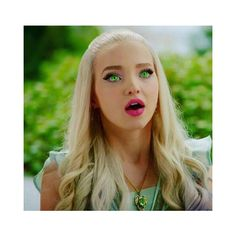 Descendants 2 Mal with green eyes Mal with green eyes Descendants Characters, Disney Channel Descendants, Disney Descendants 3, Descendants Cast, Disney Channel Stars, Disney Stars, Dove Cameron Descendants, Dove Cameron Style, Mal And Evie