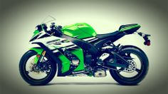 KAWASAKI TOUCH UP PAINT ZZR1400 08-09 ATOMIC SILVER.