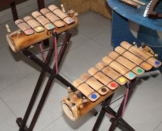 Musical Toys For Kids, Homemade Musical Instruments, Diy And Crafts, Arts And Crafts, Bamboo Architecture, Guitar Design, Music Classroom, Diy Toys, Music Stuff