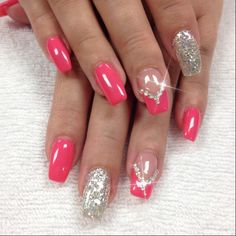 Pretty glitter nail art design idea for summer, short nails nail art