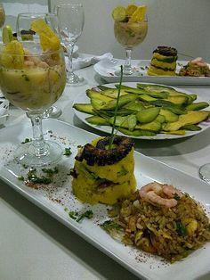 Mix chaufa, causa y ceviche.cocina peruana .  gracias Fabian Andres Cambero ( https://www.facebook.com/fabian.cambero )