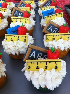Love these cupcakes! We could do a cupcake tower instead of cakes with a multi-tier teacher theme. Cupcakes Fondant, Cute Cupcakes, Baking Cupcakes, Cupcake Cakes, Cupcake Ideas, Cupcake Toppers, Cup Cakes, School Cupcakes, Teacher Cupcakes