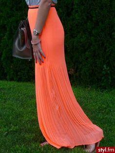 i freakin love orange!