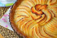 Tarte aux pommes (la meilleure) Tarte aux pommes le dessert préféré des francais je vous la propose aujourd'hui dans sa version classique inspirée de la re