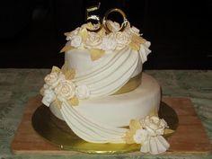 50th Wedding Anniversary Cake Ideas Buttercream | Golden anniversary cake