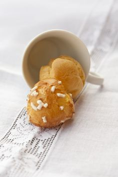 Trattoria da Martina - cucina tradizionale, regionale ed etnica: Chouquettes (bignè dolci di pasta choux con zucche...