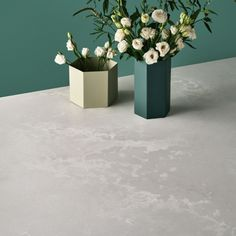 7 Completely Doable Tips for Your Best At-Home Blowout Ever Concrete, Marble Tile, Countertops, New York Loft, Color, Table Decorations, Kitchen Styling, Caesarstone, Loft Style