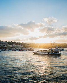 Istanbul's Sehir Hatlari Ferries (7.40eruo)