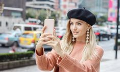 Types of Hats that Can Change Your Appearance # Stylish Outfits, Fashion Outfits, Wearing A Hat, Girls Gallery, Derby Hats, Beret, Sun Hats, Hats For Women, My Outfit