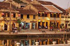 """Half-Day Hoi An City Bike Tour Including Cooking Class Spend a day long with vast activities with a professional local tour guide and enjoy the special lunch in a local herbal village with a cooking demonstration and class. Visit the main tourist destinations in Hoi An and enjoy a """"Taste of Hoi An"""" on a river bank lit by moon light and lanterns.Pick up from your hotel in Hoian and bike to start the day tour to visit the Herbal Village of Hoian. Enjoy the cooking class, learn a..."""