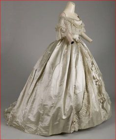 House of Worth, Silk Evening Dress with Hand-made Point de Gaze Lace. Paris, 1861. (View 2)