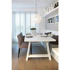eethoek met bank I like the crisp white against th - banking Dining Room Banquette, Dining Table With Bench, Kitchen Benches, Kitchen Dinning, Vintage Design, Style Vintage, Vintage Home Decor, White Family Rooms, Diy Furniture Easy
