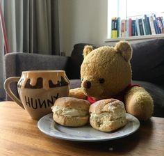 Mr Big, Cute Teddy Bears, David, Friends, Disney, Snoopy Pictures, Good Morning Greetings, Bears, Plushies