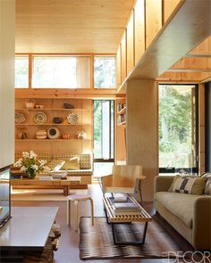 Glenn and Susan Lowry Lakeside Home - Canadian Contemporary Design - ELLE DECOR