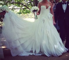 J'aton Couture Wedding Dress <3 Perfection!! www.myweddingconcierge.com.au