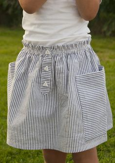 The skirt is self-drafted (if you can call it that); it's just a rectangle with a paper bag elastic waist, fake placket and rectangle pocket...