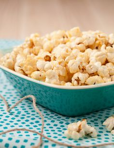 Kettle Corn In A Whirley Pop Recipe Kettle Corn Kettle And