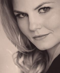 Jennifer Morrison/Once Upon a Time Oh my gosh, that is the most awesome/beautiful picture ever....