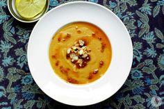 Wegańska zupa krem z czerwonej soczewicy