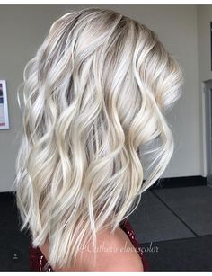 New Hair Color Bright Blonde Curls Ideas Blonde Ponytail, Brown Blonde Hair, Bright Blonde Hair, Blonde Hair Colors, Ice Blonde Hair, Ashy Blonde, Blonde Curls, Gray Hair, Hair Colour