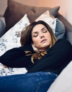 Βάσω Λασκαράκη: Το «ταπεινό» αμάξι της βγήκε από περιοδικό! Έχει καθίσματα γεμάτα από.... - STORIES - Youweekly Take A Nap, Sleeping Beauty, San, Couple Photos, Couples, Instagram, Couple Shots, Briar Rose, Couple