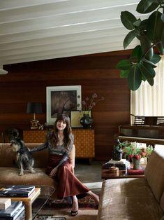 Step Inside Dakota Johnson's Midcentury-Modern Home Küchen Design, Design Firms, House Design, Interior Design, Luxury Interior, Architectural Digest, Office Inspiration, Inspiration Design, Johnson House