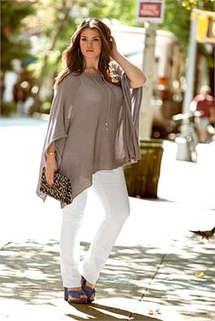 But she's a plus size model./plus size?this is way cuter than the skinny ass models! by colleen Xl Mode, Mode Plus, Look Plus Size, Plus Size Model, Plus Size Street Style, Mode Outfits, Casual Outfits, Dress Casual, Plus Size Fashion For Women