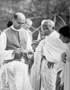 Mahatma Gandhi and Mahadev Desai in Bombay 1939.