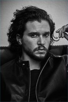 Matthew Brookes photographs Kit Harington for Icon El País.