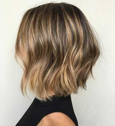 Medium, Beachy Waves with Ombre Highlights - 40 On-Trend Balayage Short Hair Looks - The Trending Hairstyle Mom Haircuts, Wavy Bob Haircuts, Asymmetrical Bob Haircuts, Short Bob Hairstyles, Hairstyles Haircuts, Formal Hairstyles, Balayage Highlights, Balayage Hair, Bright Highlights