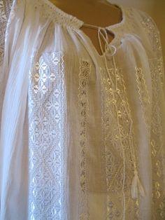 Hand embroidered Romanian blouse / dress - white silk hand embroidery - size M Blouse Dress, White Silk, Pakistani Dresses, Hand Embroidery, Tatting, Weaving, White Dress, Eminem, Costumes