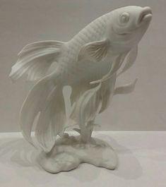 Kaiser white bisque porcelain figurine Siamese Koi fish G. Bochmann W. Porcelain Doll Costume, Porcelain Doll Makeup, Porcelain Dolls Value, Porcelain Jewelry, Porcelain Ceramics, China Porcelain, Porcelain Tiles, Plaster Sculpture, Fish Sculpture