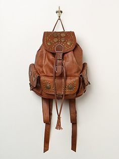 Golden Age Backpack in accessories-the-backpack-shop Boho Fashion Indie, Look Fashion, Fashion Bags, Brown Leather Backpack, Leather Bag, Studded Backpack, Leather Backpacks For Girls, Brown Backpacks, Fringe Purse