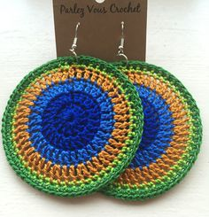 Peacock boho style Love Crochet, Bead Crochet, Crochet Gifts, Crochet Motif, Crochet Doilies, Crochet Cross, Crochet Stitches, Crochet Jewelry Patterns, Crochet Earrings Pattern