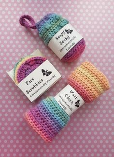 Crochet Designs, Crochet Patterns, Pattern Designs, Crochet Accessories, Easy Gifts, Washing Clothes, Craft Stores, Mini, Knitted Hats