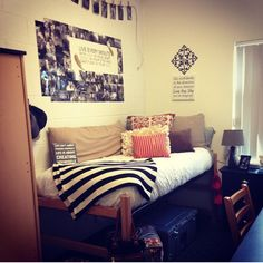 Love all the quotes and the style of the room. The quote centered pic collage is a nice touch! My New Room, My Room, Dorm Life, College Life, Dorm Design, College Dorm Rooms, Dorm Decorations, Room Inspiration, Room Decor